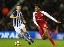 Arsenal Beat Woeful West Brom 4 0 As Lacazette Gets Double